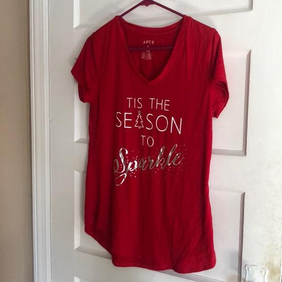 Apt. 9 Tops - Apt 9 holiday t shirt